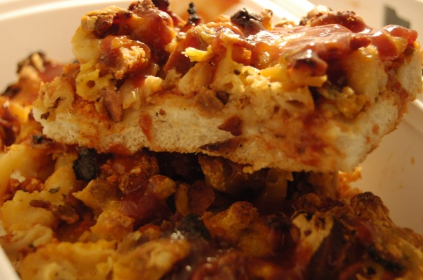 Don't Go Bacon My Heart: Bacon Mac n' Cheese Pizza